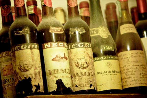 bottiglie di vino da collezione